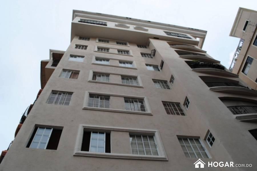 Apartamento en alquiler amueblado piantini 5to piso for Alquiler piso sevilla particular amueblado